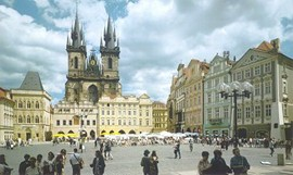 A guided walking tour from Vienna to Prague